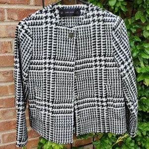 Zara houndstooth print black white cropped jacket